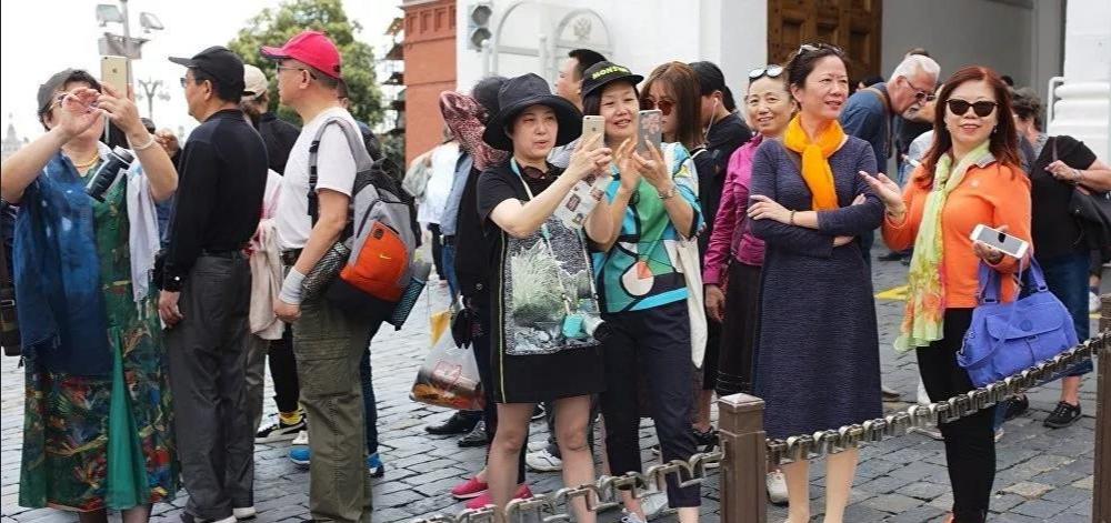 近日一女子在泰国疯狂吐槽北方人素质低,是北方人拉低了中国人的素质!
